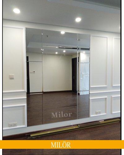 Gương ghép tường nghê thuật kết hợp nội thất phòng khách