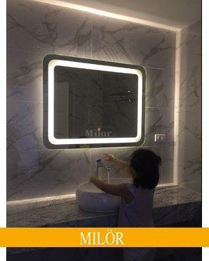 Gương đèn led HCN có cảm ứng treo phòng tắm Milor