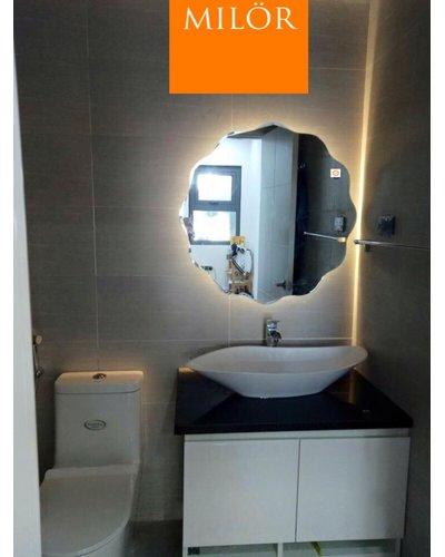 Gương treo phòng tắm đèn Milor led 543c