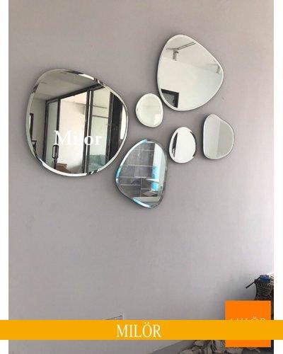 Gương trang trí treo tường phòng khách Milor Bãi Đá
