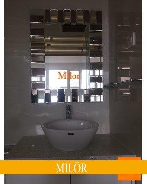 Gương phòng tắm nghệ thuật khung mystery vuông