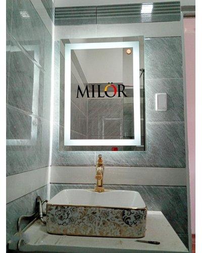 Gương phòng tắm led  600 x 800 cm