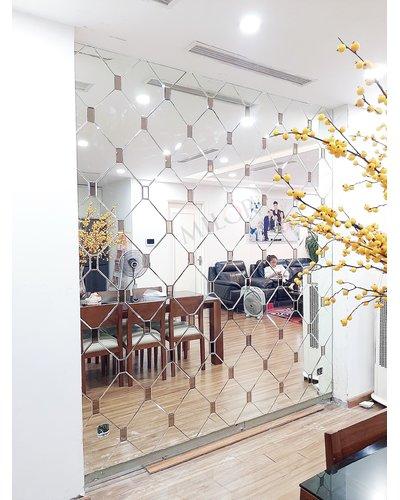 Gương ghép tường quả chám đẹp Hà Nội